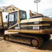 Japan used excavator 320B ③